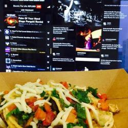 #tacotursday and #electricForLife is the best #tuesdayLunch combo! #happyEars @garethemery @electricforlife