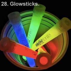 #100ReasonsToLive28. Glowsticks https://t.co/dCxhofQ26Y